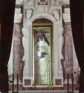 Corpo di S. Eustochia nella cappella di Montevergine