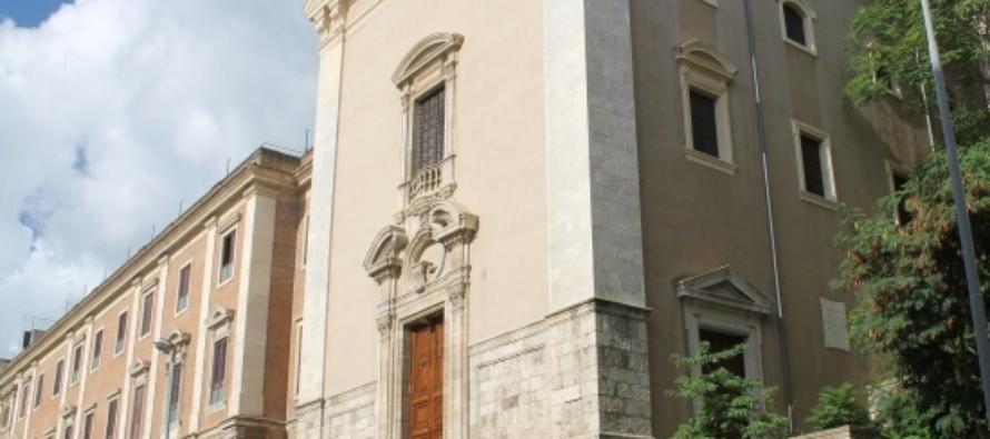 MESSINA – Le Clarisse di Montevergine invitano i fedeli a pregare con loro per l'anno nuovo che inizia.