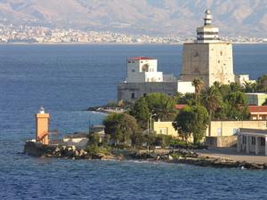 Faro di S. Raineri °