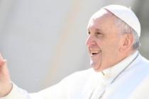 """Nel vivo della Settimana Santa, Papa Francesco: """"La mattina di Pasqua portate i vostri bambini a lavarsi gli occhi"""""""