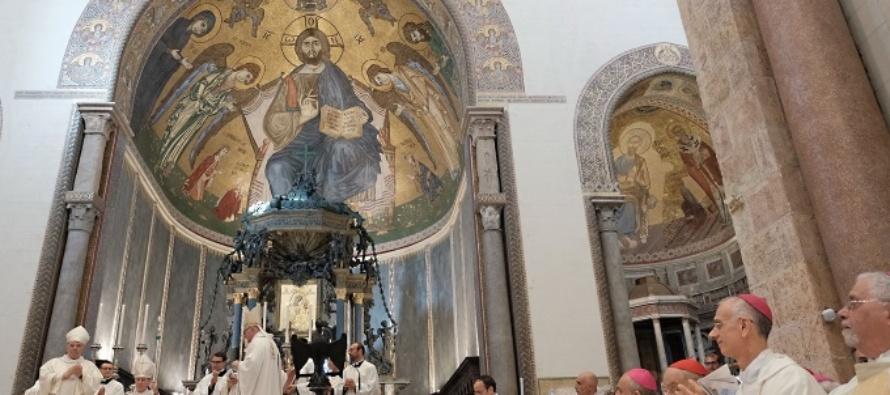 MESSINA – Solenne ordinazione di mons. Cesare Di Pietro vescovo ausiliare, da parte dell'arcivescovo Accolla con il cardinale Franco Montenegro