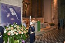 MESSINA – Rinnovato l'omaggio del Cero Votivo a S. Eustochia Smeralda, cui i messinesi si sono affidati