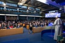 """Papa Francesco, appello alla comunità internazionale: """"Vincere contro la fame e la povertà"""""""