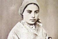Santa Bernadette: iniziata la peregrinatio italiana della reliquia, una tappa toccherà la Diocesi di Patti (Gliaca di Piraino) dove il reliquiario sosterà dall'1 al 4 luglio