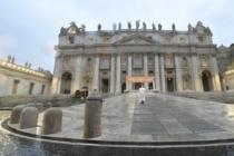 """Nella Preghiera epocale in piazza San Pietro, il Papa: """"Signore non lasciarci in balia della tempesta"""""""