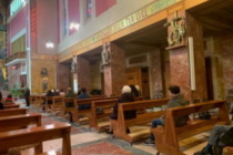 Pandemia e liturgia: i vescovi argentini, ecco come riprendere subito a celebrare l'Eucaristia con i fedeli