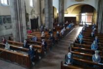 Messe con i fedeli: riapertura gioiosa ma con norme rigide ed eccessive.
