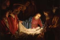 """Notte di Natale, il Papa: """"Dio è nato bambino per spingerci ad avere cura degli altri"""", """"non parla ma offre la vita"""""""
