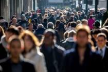 """Rapporto Censis: """"Italia nella paura dell'ignoto e nell'ansia"""",""""disoccupati, alto il prezzo per giovani e donne"""""""