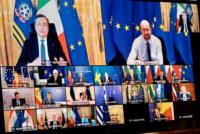 """Consiglio europeo, Draghi: """"accelerare sui vaccini"""". Vigilanza sulle Big Pharma, studio su """"passaporto vaccinale"""""""