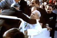 Giovanni Paolo II, quaranta anni fa il tragico attentato in Piazza San Pietro