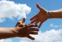 """50 anni di Caritas. """"Rinnovàti nell'impegno"""": la raccolta di preghiere e poesie on line"""